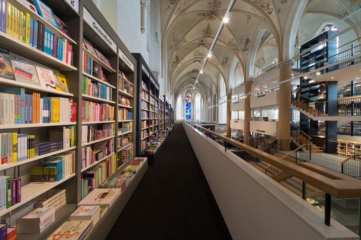 waanders bookstore 5