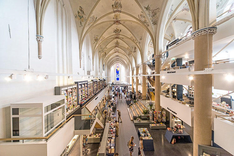 waanders bookstore