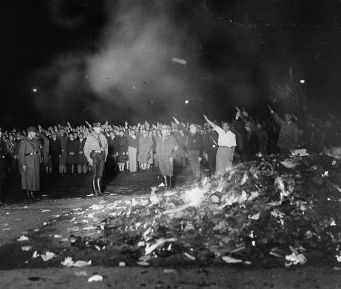 nazi book burnings may 1933 opera square